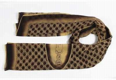 90f69104606 Echarpe Gucci Homme